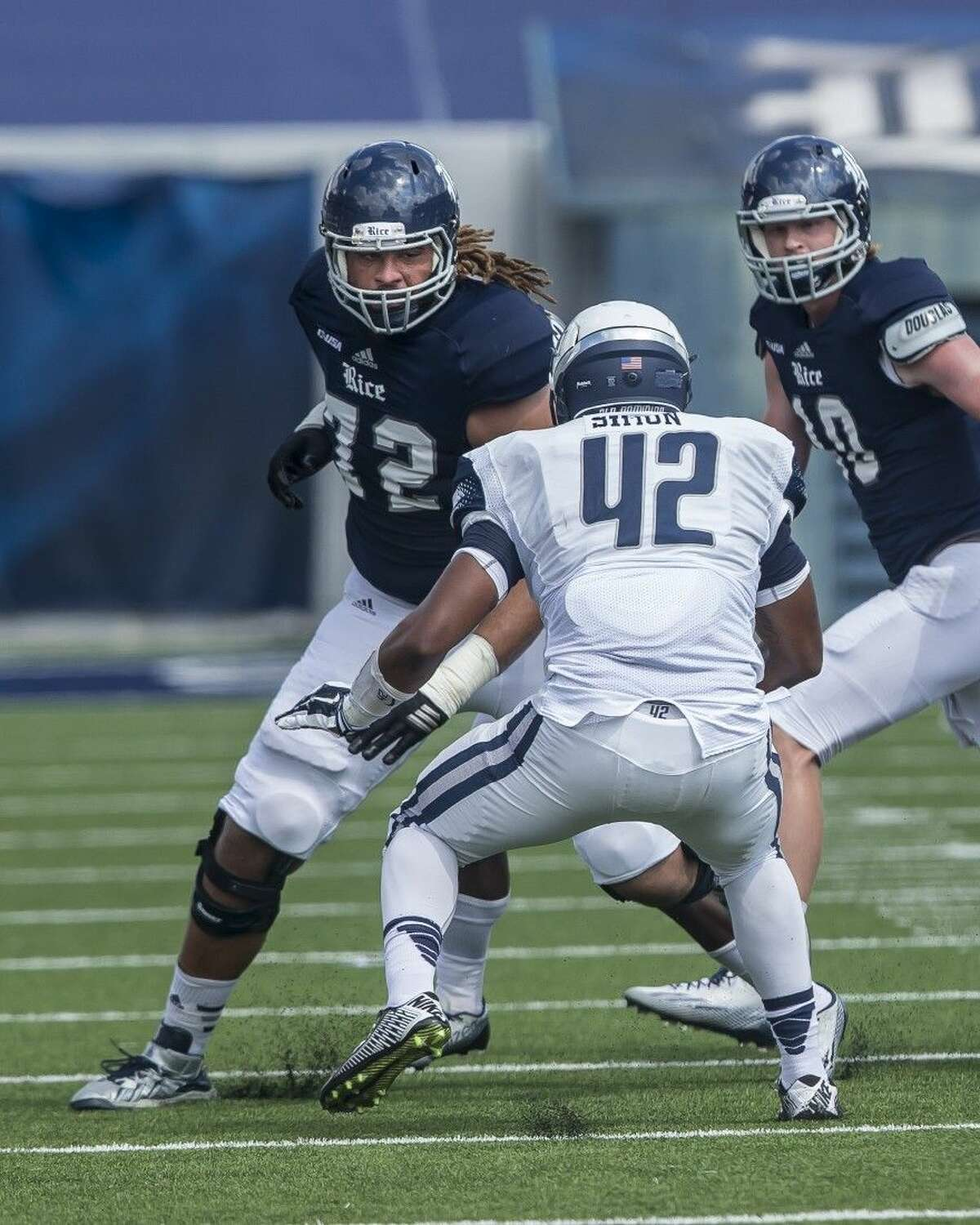 Former Pearland Oiler standout Ian Gray (72) of Rice University will compete in the College Gridiron Showcase Jan. 31 in Arlington.