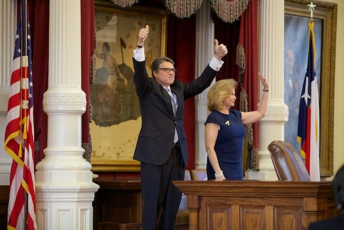 Perry was joined by his wife Anita at the joint session of the legislature.