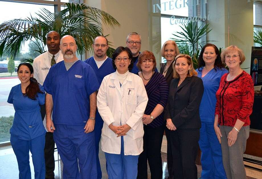 As the leader of heart care in Fort Bend County, Houston Methodist Sugar Land Hospital continues to uphold its Chest Pain Center Accreditation from the Society of Cardiovascular Patient Care (SCPC). This designation is reserved for hospitals across the country that demonstrate the highest level of expertise in treating heart attack patients.