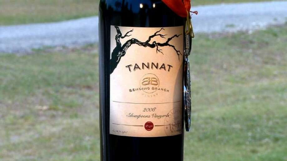 Bending Branch's 2010 Tannat won a gold medal at the Dallas Morning News & TexSom International Wine Competition and another Gold Medal at the 2013 Long Star International Wine Competition.