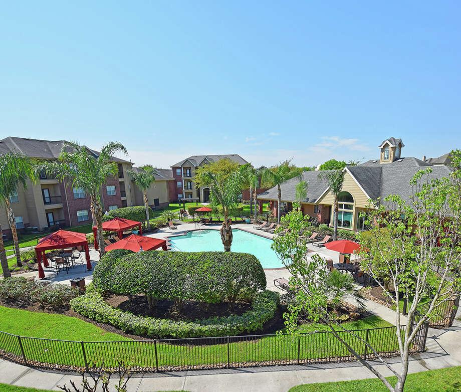 Parkers Lake Apartments: Florida Investor Buys Apartments Near Texas Medical Center