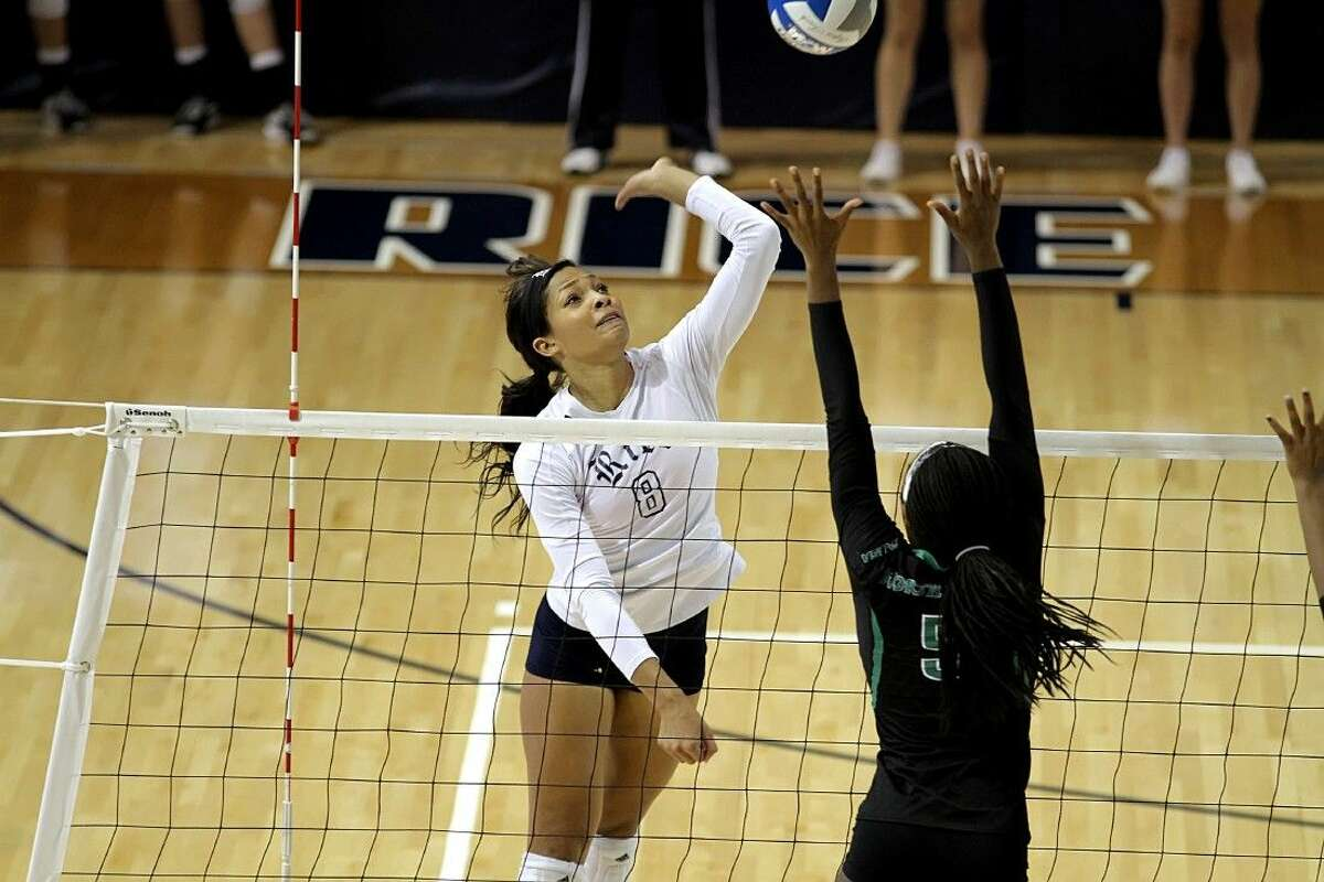 Former Summer Creek High School volleyball player Chelsey Harris plays for Rice University helping the Owls to a 23-10 finish in 2014.