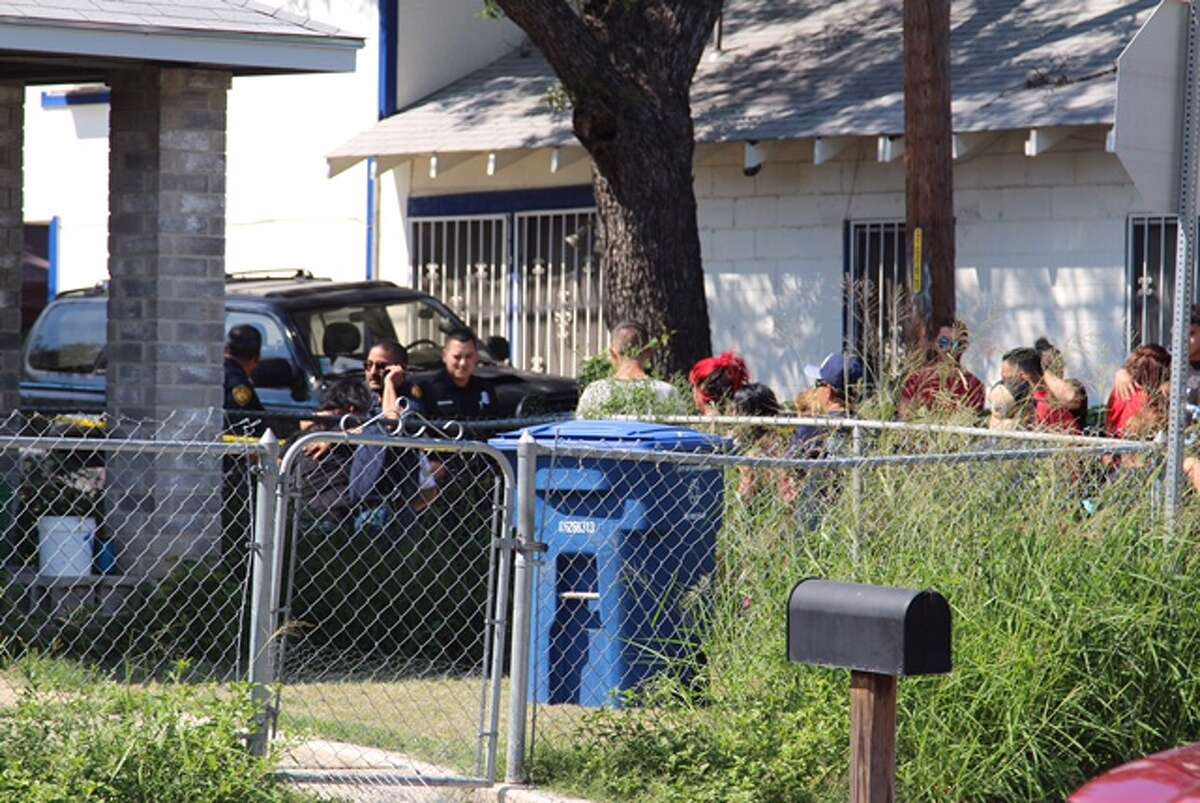 San Antonio police investigate the scene of a shooting on the West Side in the 500 block of Torreon Street on Oct. 3, 2016.