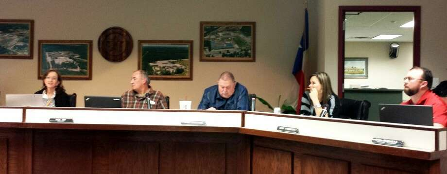 Splendora ISD board members spoke on agenda items during the Feb. 16 school board meeting. Photo: Stephanie Buckner