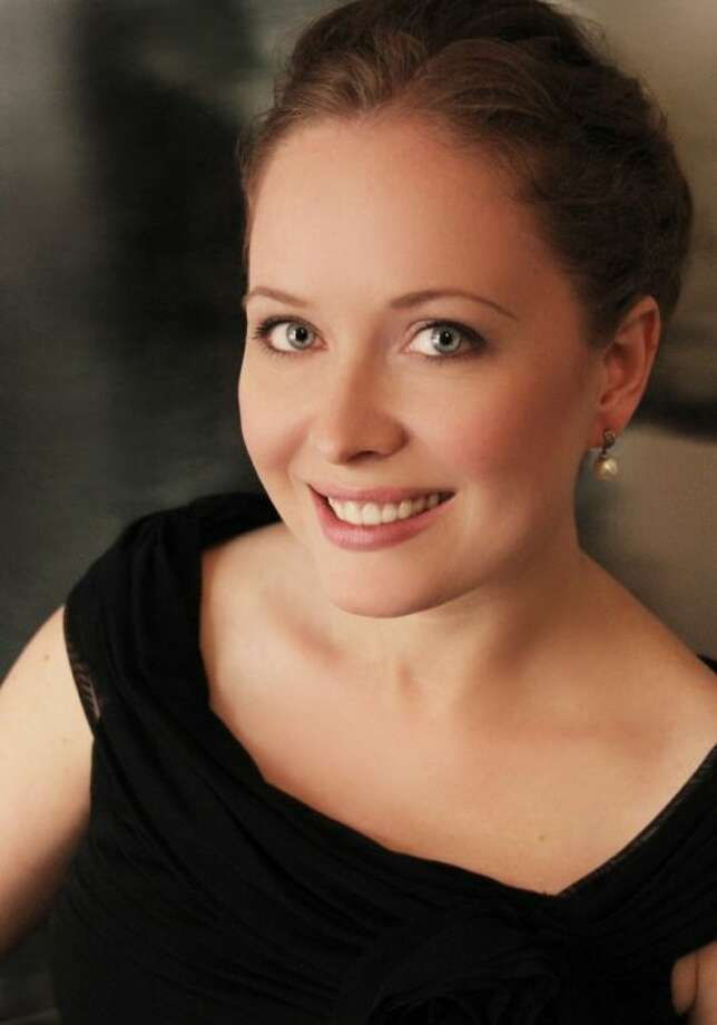 Canadian pianist, Janice Fehlauer, will be the guest artist for the Houston Symphony League Bay Area (HSLBA) meeting April 9 at Gloria Dei Lutheran Church. The concert is free and guests are welcome.