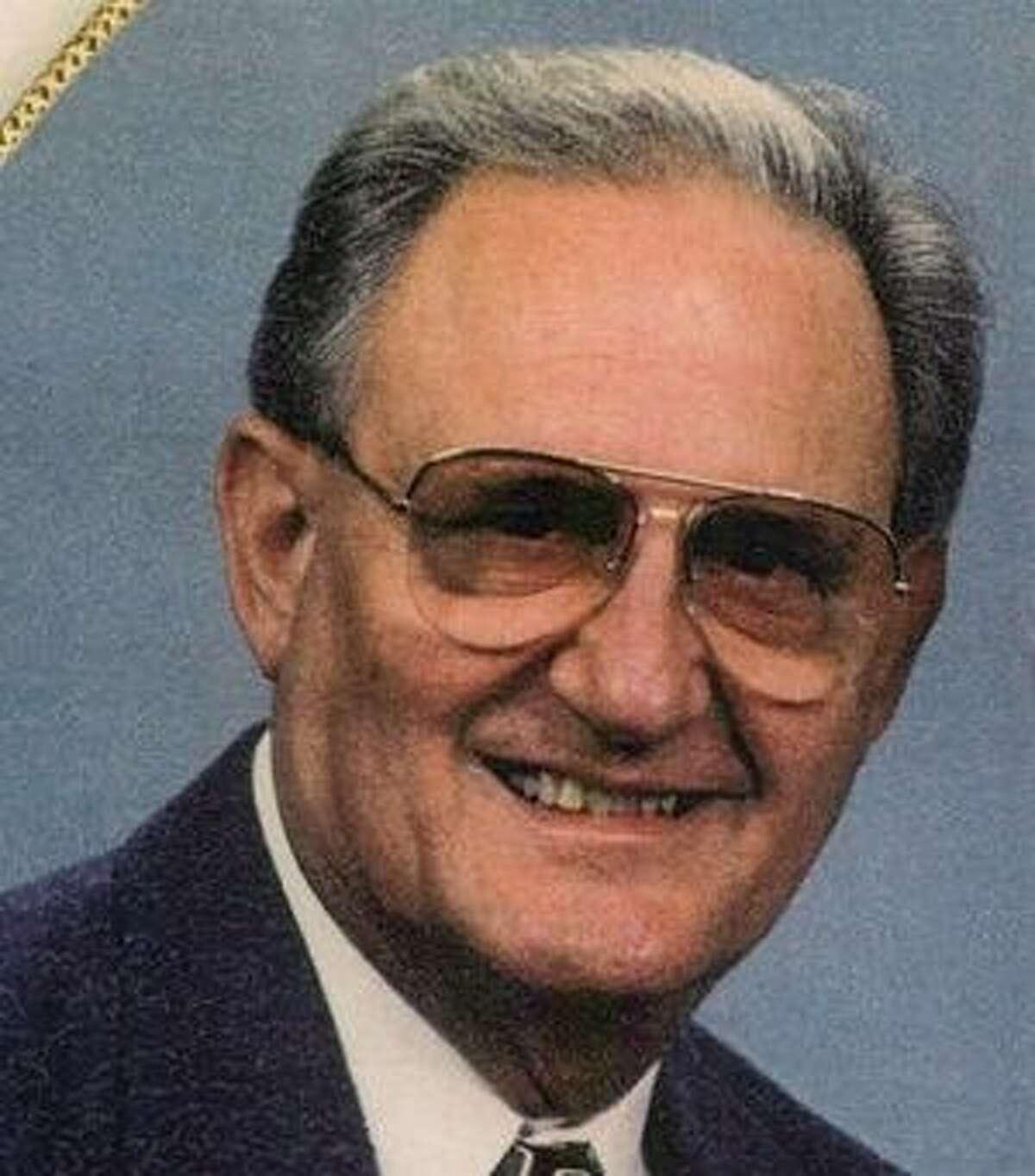 Schultz, Roy Lee