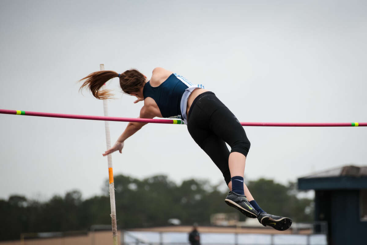 Mustang Kristina Flematti takes home the pole vault title at the Zoe Simpson Invitational.