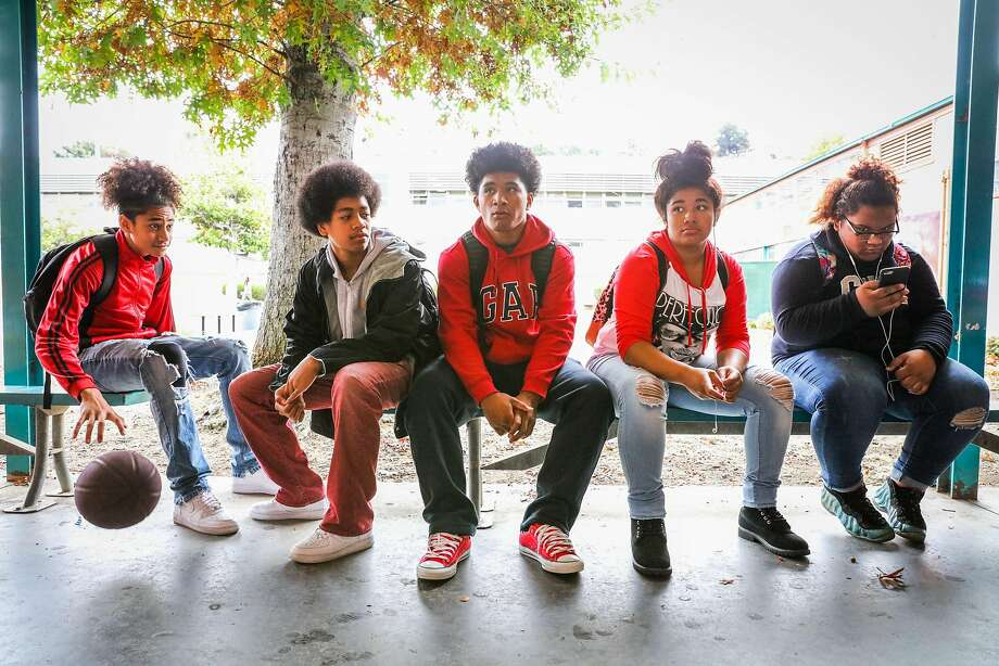 Students Stone Fatai, Mete Feaomoeatra, Tupou Katao, Tapaita Manoa, and Jessi Katoa sit outside during lunch, at Castlemont High School, in Oakland, California, on Monday, Oct. 3, 2016.To fashion something workable from California's broken education-funding system, we should give budget powers to the students themselves. Photo: Gabrielle Lurie, The Chronicle