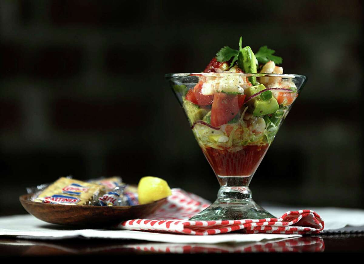 Houston restaurants including Pappadeaux Seafood Kitchen from Pappas Restaurants are offering promotions, matching funds, and holding fundraisers to aid in Hurricane Harvey relief efforts. Shown: The hand tossed cocktail at Pappadeaux Seafood Kitchen.