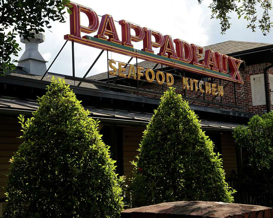 Pappadeaux first opened in the 6000 block of Westheimer Road in the Galleria area in 1986. There are now 12 locations in the Houston area, and an upcoming spot in the George R. Brown Convention Center. Photo: James Nielsen, Staff / © 2016  Houston Chronicle