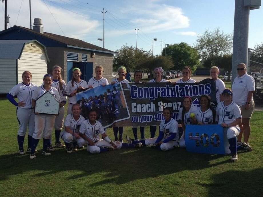 The San Jacinto College softball team celebrates Head Coach Kelly Saenz's 400th career win. Submitted photo.