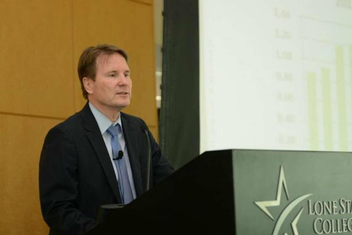 Douglas Stephens, president of pressure pumping at Baker Hughes, speaks to Houston Northwest Chamber members.