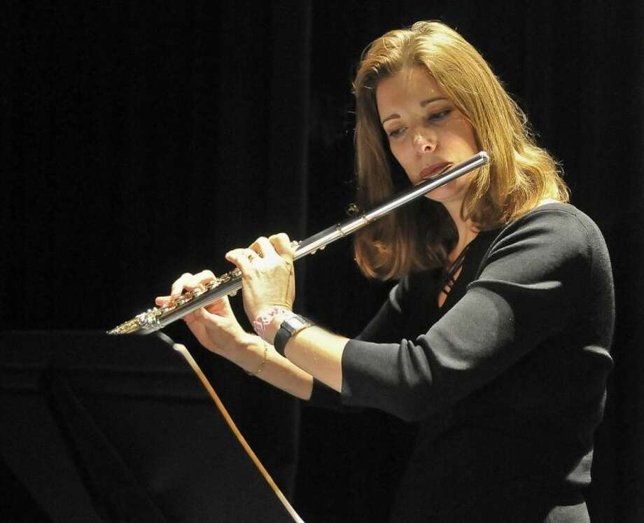 A flute ensemble concert on April 27 will be under the direction of San Jacinto College music professor Lynne Brandt. Photo credit: Andrea Vasquez, San Jacinto College marketing, public relations, and government affairs department.
