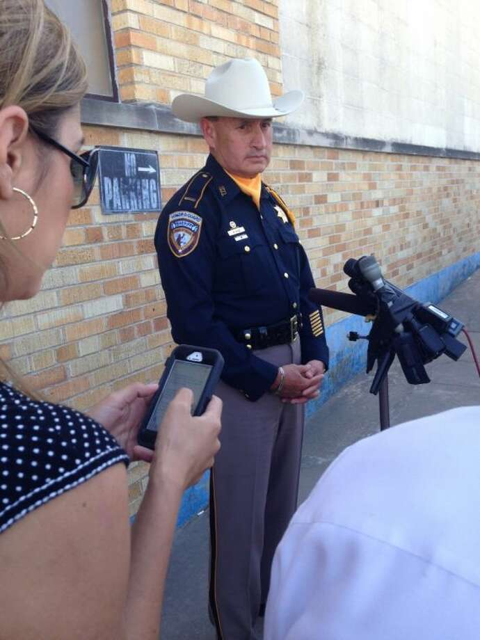Lt. Ruben Diaz of the HCSO Criminal Investigations Bureau talks to reporters at a news conference on Thursday regarding the alleged salt poisoning of a 4-year-old Houston girl. Photo: Submitted Photo