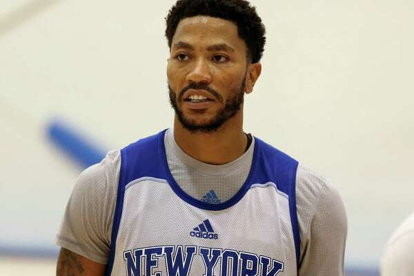 effaee115704 As Derrick Rose rape trial begins