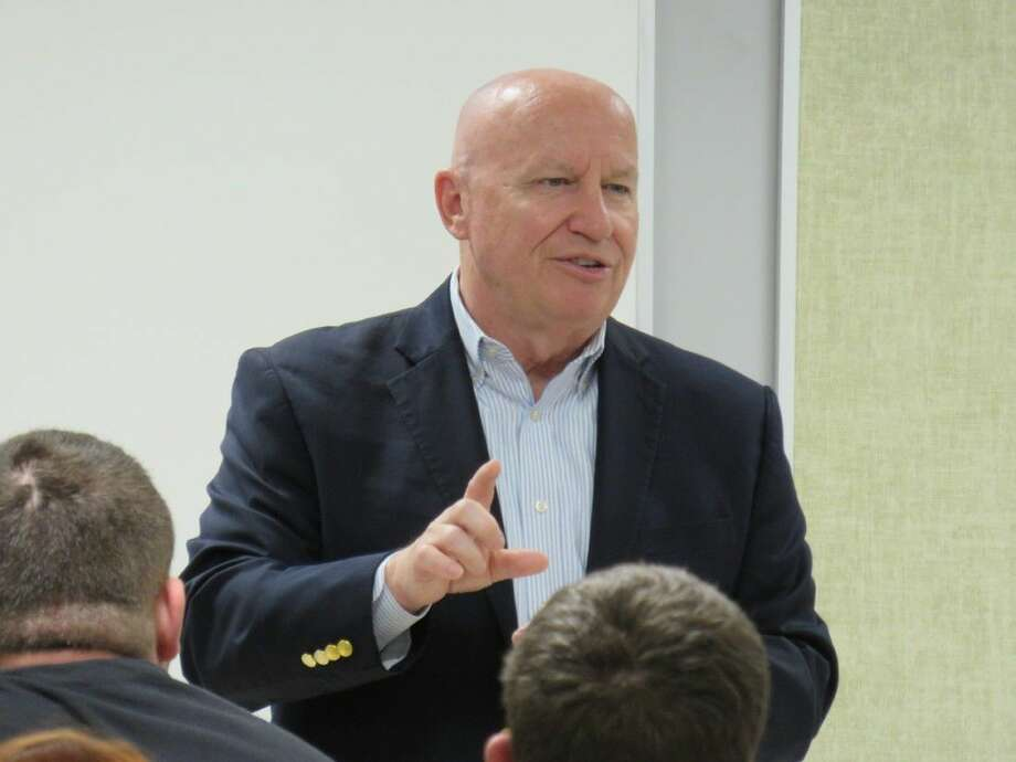 U.S. Congressman Kevin Brady visits with Splendora High School students on Tuesday, March 31, where students were given the opportunity to participate in a question-and-answer session regarding many issues currently facing the country. He also spoke with them about education opportunities. Photo: Stephanie Buckner