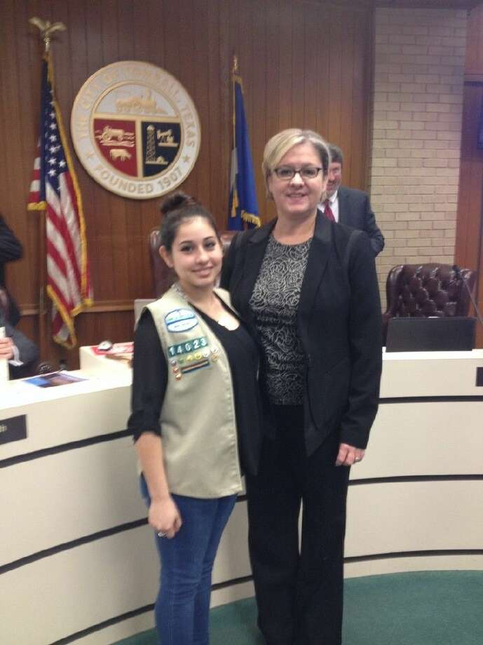 Mayor Gretchen Fagan and Brianna Lopez at a council meeting. Brianna is a member of Girl Scout Troop 14023 and will host a public resource fair on Saturday, April 18.