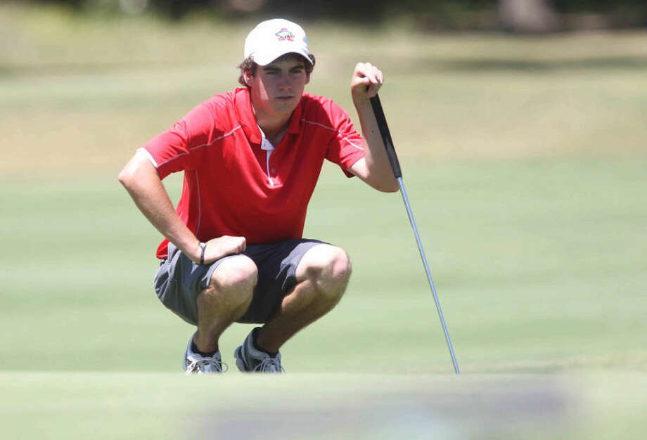 Atascocita's Logan Davis competes during the Class 5A State UIL Golf Championships in Austin on Monday. Photo: Jason Fochtman