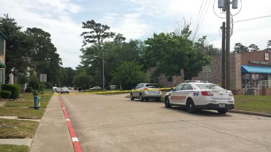 Humble Police and the Harris County Sheriff's Office Canine Unit cordoned off a portion of the Northshire subdivision in Humble after two suspects robbed the Commercial State Bank located near Deerbrook Mall.