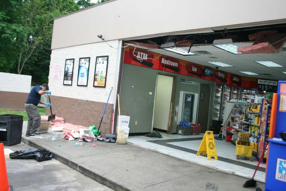 The Exxon gas station located at the corner of McKay Blvd. and Business FM 1960 was hit by smash-and-grab robbers overnight.