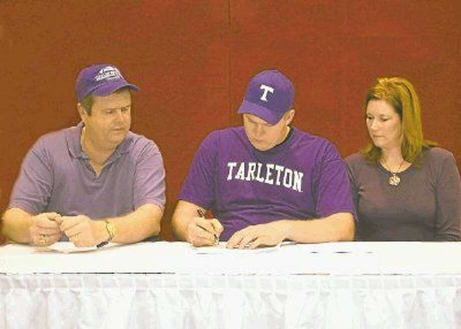 Crosby Cougar Cody Stephens (middle) passed away from an undetected heart condition shortly after committing to play football at Tarleton State University. A bill named in his honor requiring EKG screenings for high school athletes passed the in the Texas House Monday.