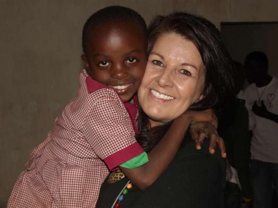 New Hope provides education, nourishment, and medical care to children in Kibera.