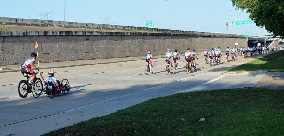 More than 200 injured veterans and their supporters set off Sunday, April 19, on the Ride 2 Recovery Texas Challenge sponsored by UnitedHealthcare, a seven-day, 490-mile rehabilitative ride from Houston to Fort Worth.