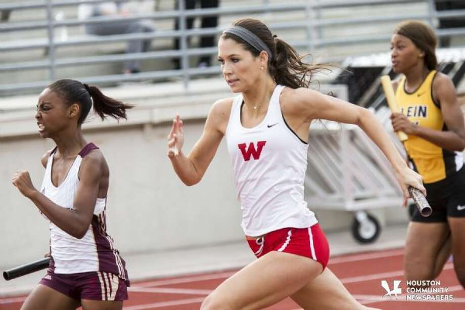 The Woodlands Kennedy Smith competes in the 4x100 relay. Photo: Andrew Buckley