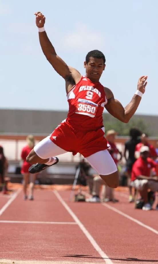 An injury in the triple jump may have hurt Splendora's Jay Bradford in the sprints at the state track and field championships.
