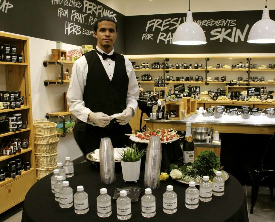 Lush Fresh Handmade Cosmetics was one of the five featured stores serving as a hospitality stop for shoppers. Guests were treated to complimentary water, sparkling apple cider, and various hors d'ouevres. Photo: Vagney Bradley