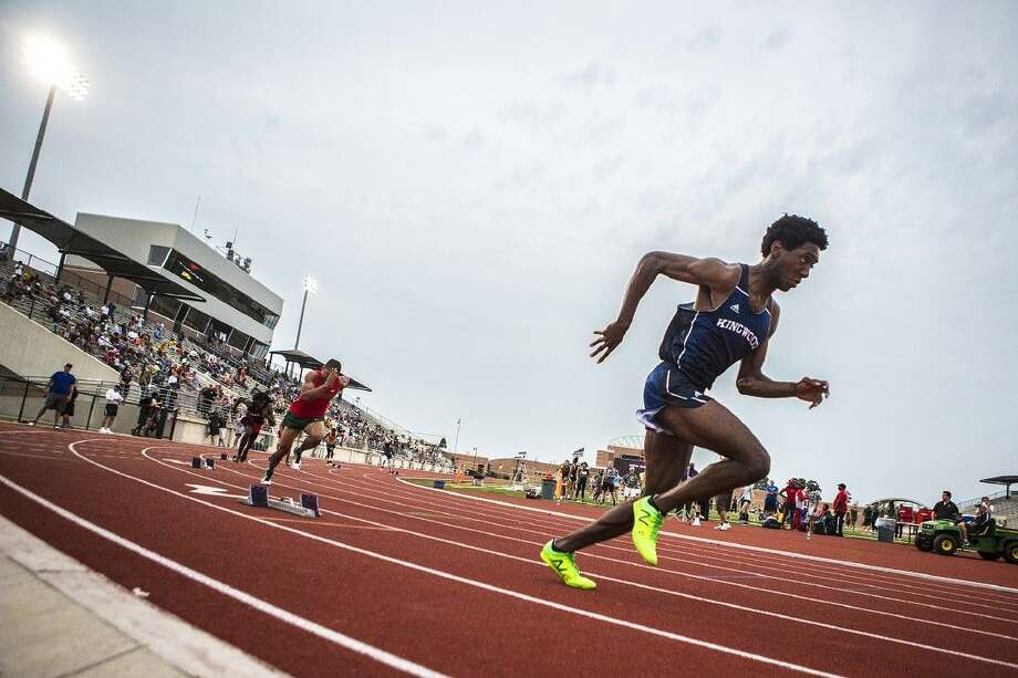 Kingwood's Myles Marshall breaks off of the starting block in the Boys 800 Meter Run during the District 15/16 Area Track Championship on April 23, 2015, at Turner Stadium in Humble. Photo: ANDREW BUCKLEY