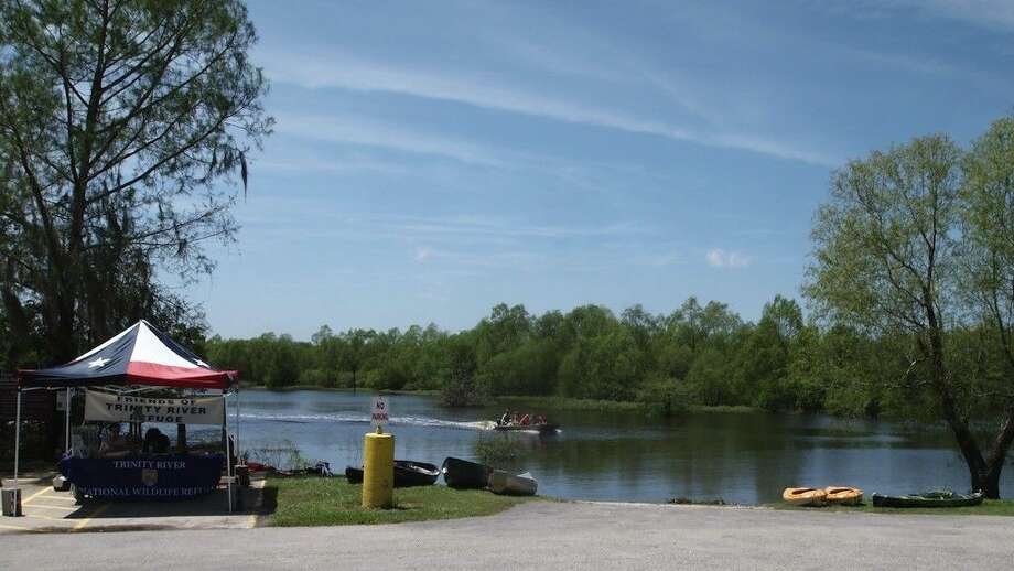 The Friends of the Trinity River National Wildlife Refuge were at Champion Lake along with Refuge staff for their annual Earth Day event April 25, 2015, that included boat tours, kayaking, and hot dogs. Photo: Casey Stinnett