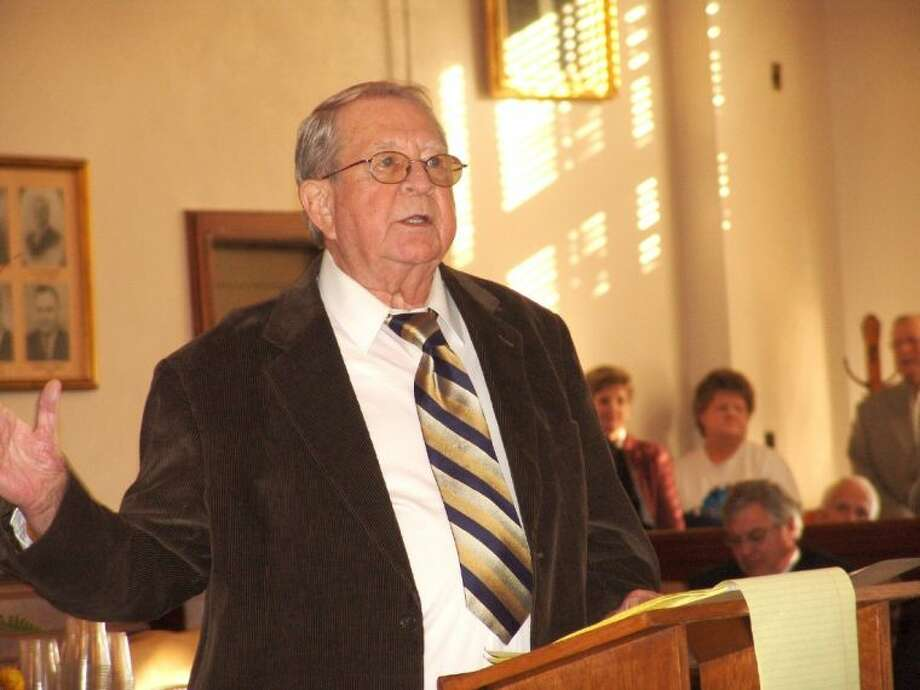 Former Liberty County Attorney Jack Hartel entertained the many guests at his retirement party on Dec. 12, 2008, in the 75th District Courtroom. Hartel shared stories from his colorful past during the 44 years he served in that capacity. Hartel died May 22, 2014. Photo: File Photo