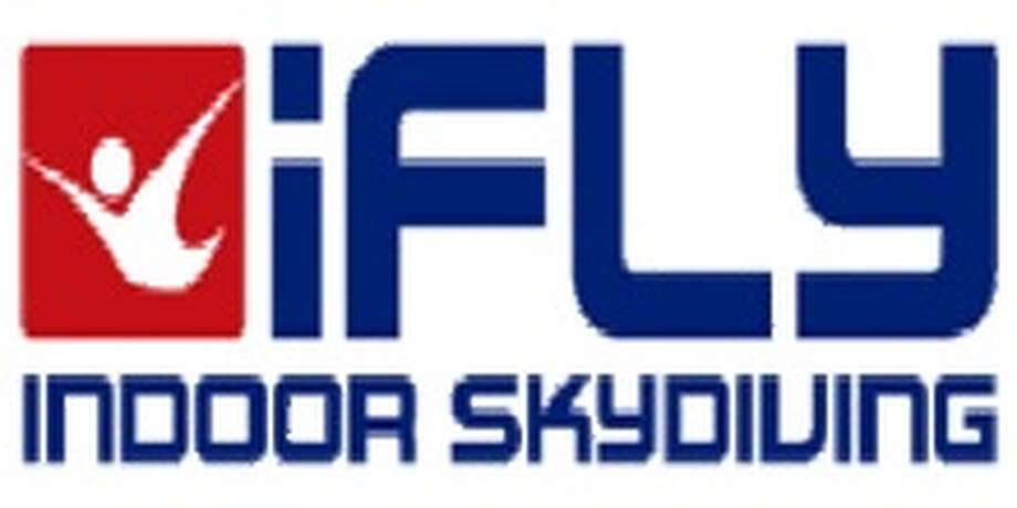 Nov 27,  · As a senior citizen the thought of iFLY was intimidating, but while waiting for our lesson to begin I observed how professionally and effectively the instructors were able to control each individual according to their need.5/5().