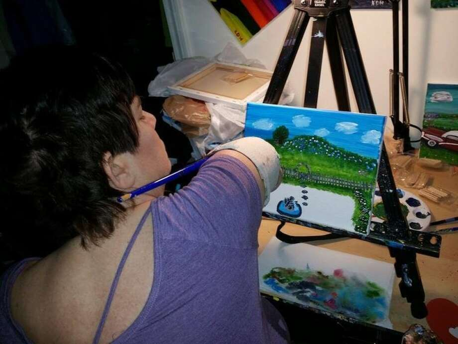 Kingwood resident Katy Hayes found a new love in painting while she awaits a double arm transplant in Boston.
