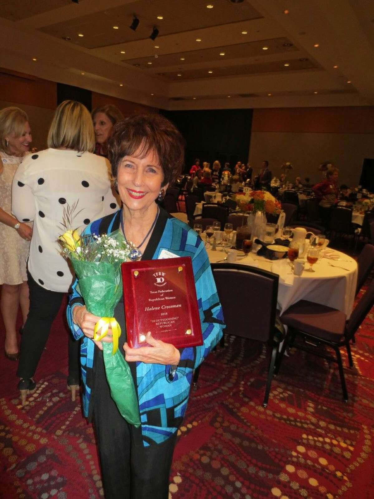 Halene Crossman with 10 Outstanding Republican Women award.