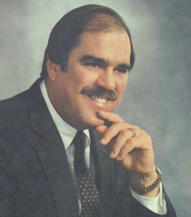 Halberdier, Jr., Dr. Louis