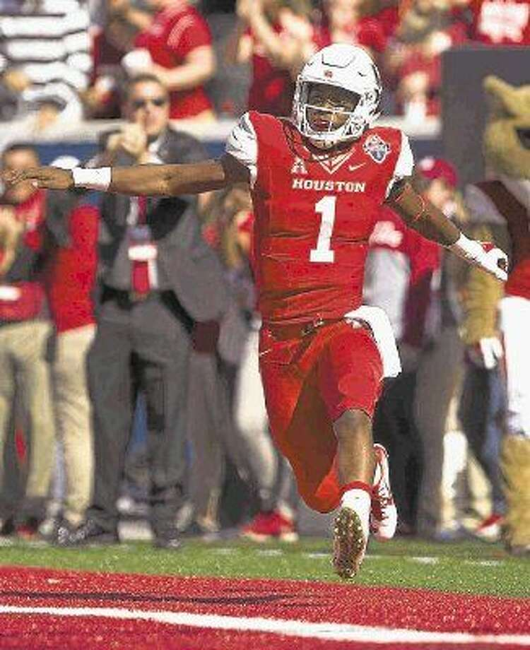 Houston quarterback Greg Ward Jr., will be back for his senior season with the Cougars in 2016.