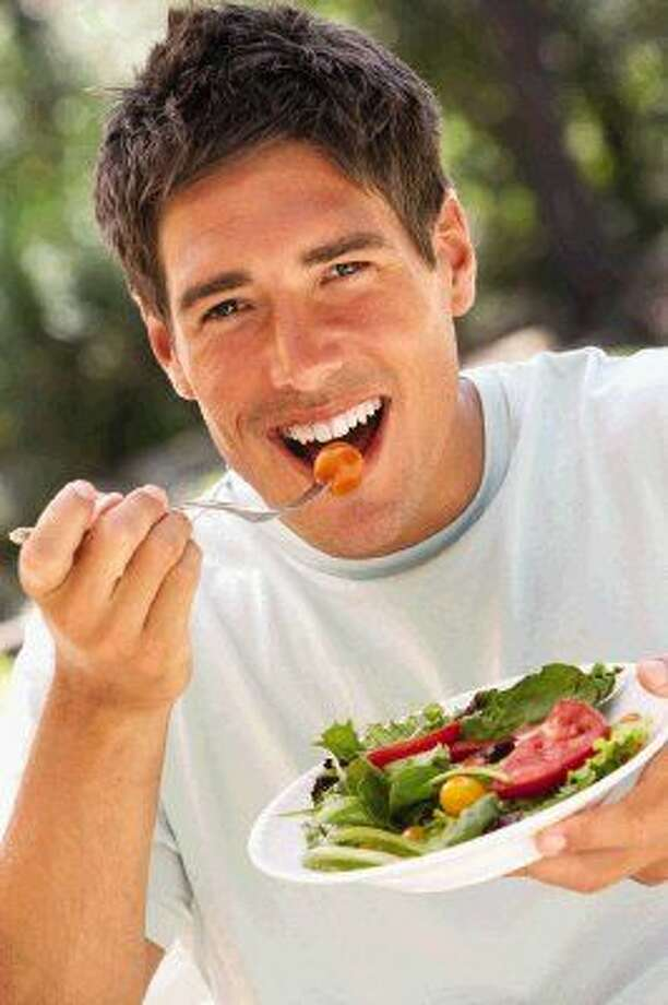 Dieticians suggest eating fresh whole foods and fruits and vegetables as a way to avoid weight gain.