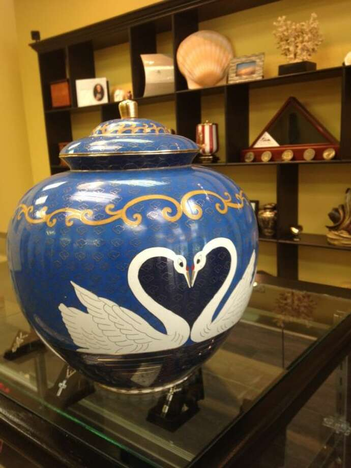 Distinctive Life swan-themed companion urn is for those who want to be together for eternity. Photo: Submitted Photo