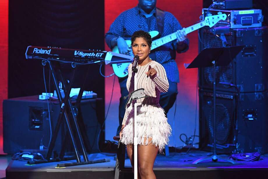 Toni Braxton was hos pi talized, but is repor tedly on the mend. Photo: Paras Griffin, Getty Images For BMI