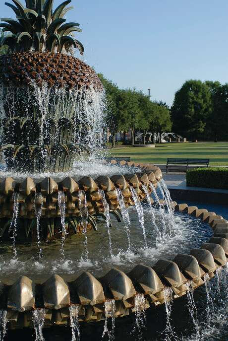 The Pineapple Fountain in Waterfront Park tracing the Cooper River is one of two huge fountains that welcome children to play in the cascading water. Photo: Charleston Area CVB/ExploreCharleston.com