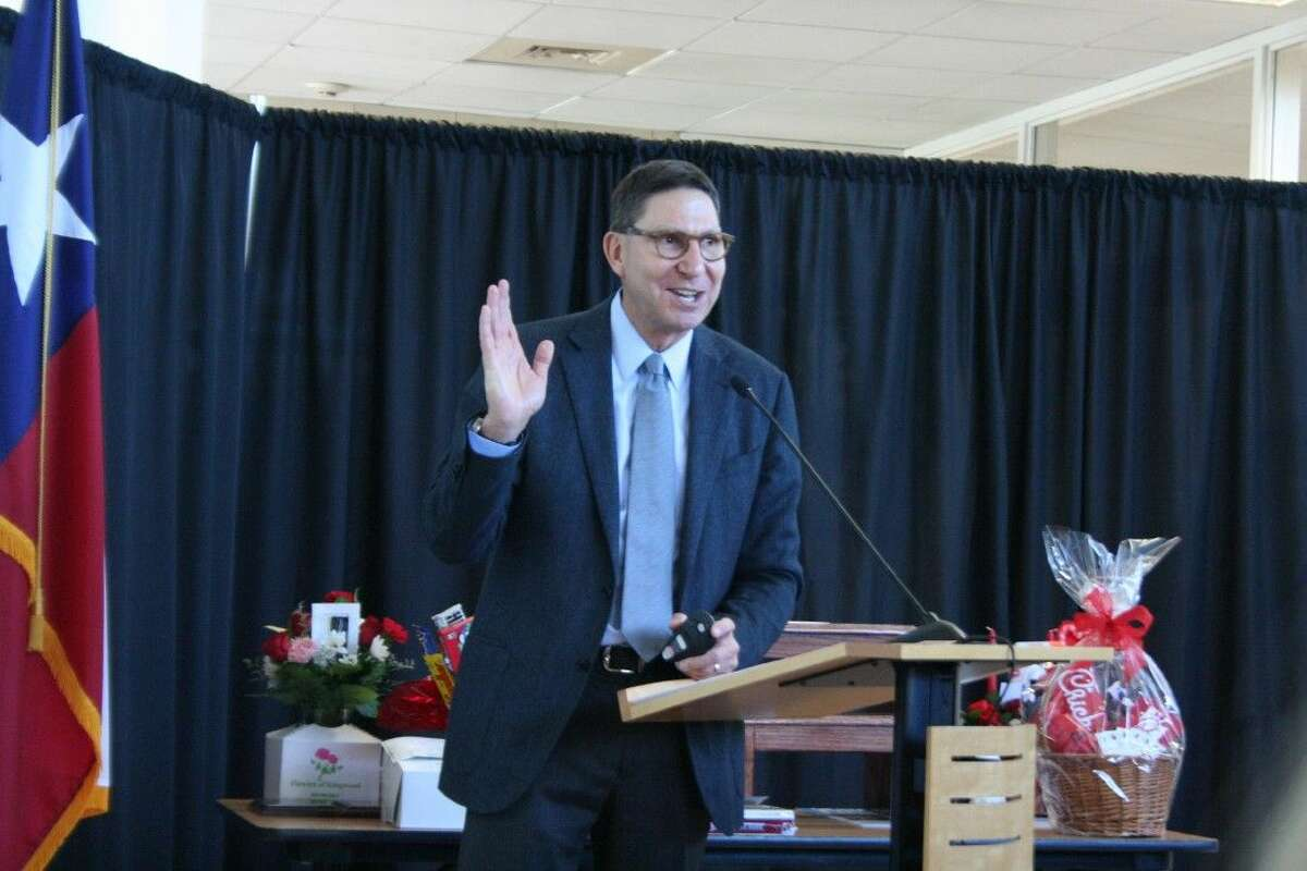 H-E-B Houston Division President Scott McClelland discusses the grocery store chain's business model and success during the Greater East Montgomery Chamber of Commerce's luncheon Feb. 3, 2016.
