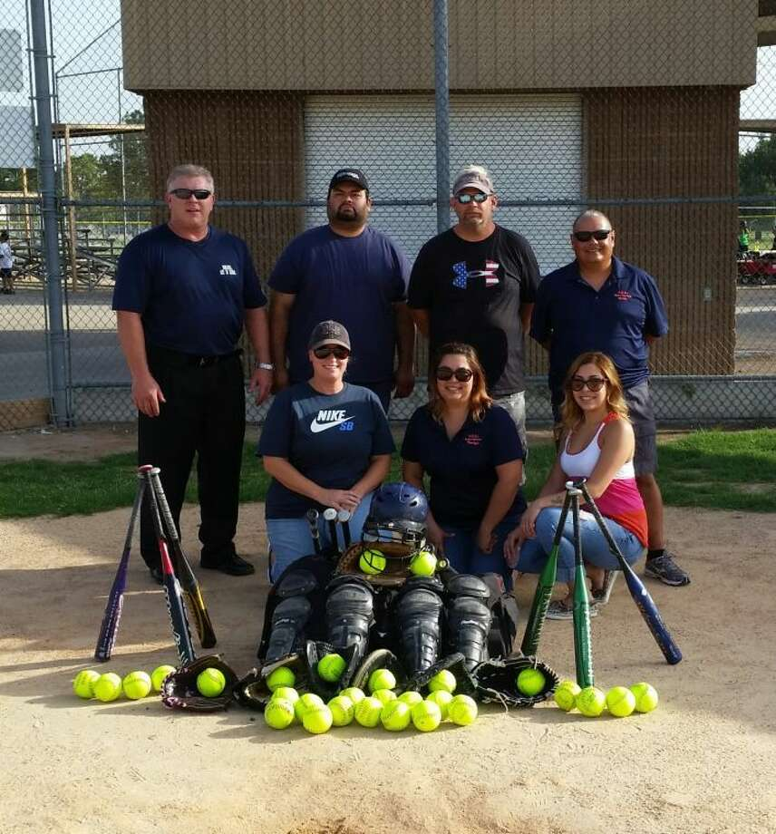 The Humble Girls Softball League will donate a bevy of equipment to an upstart league in Brazil.