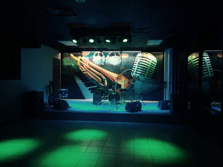Martini Blu is an upscale jazz and supper club located at 5060 W FM 1960 that offers drinks, live music and food.