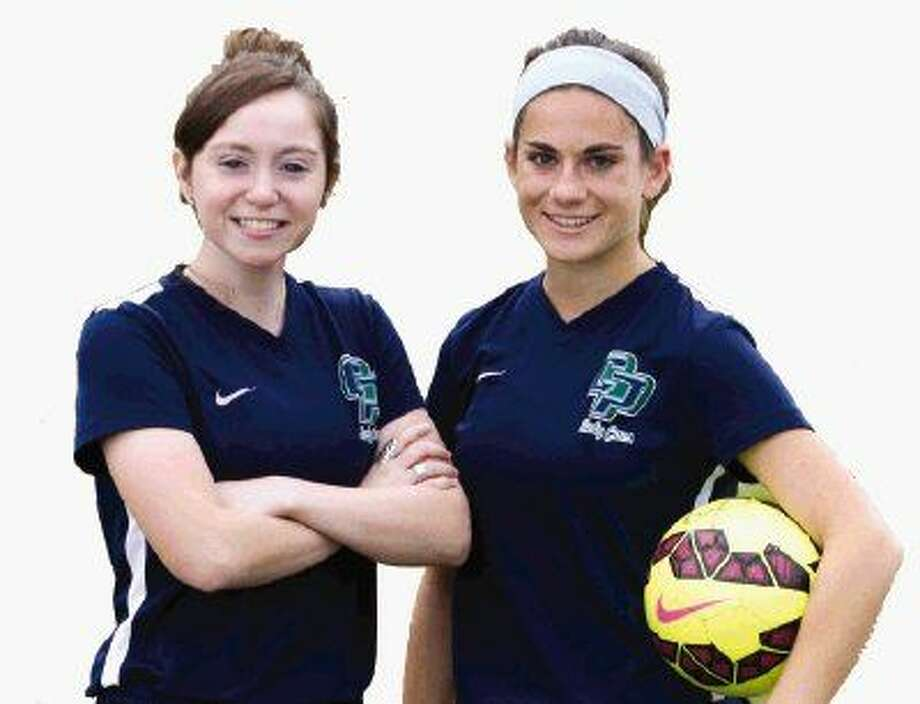 College Park captains Maria Rossi (left) and Emma Coomes (right) are aiming to lead the Lady Cavaliers back to the playoffs in 2016. Photo: Jason Fochtman
