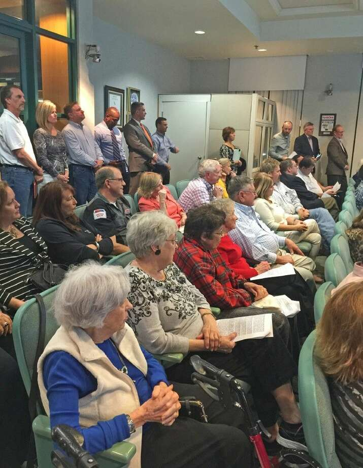 Citizens crowded into the council chambers and dozens of people lined up to speak during public comments at the Friendswood City Council meeting held Monday (Feb. 1). Photo: Kristi Nix