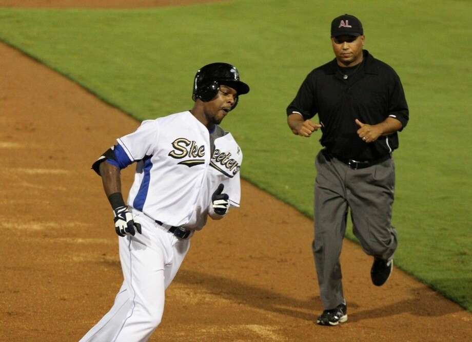 Denny Almonte and the Sugar Land Skeeters won 10 consecutive games to pull into a tie for first place in the Atlantic League Freedom Division. Photo: HCN File Photo