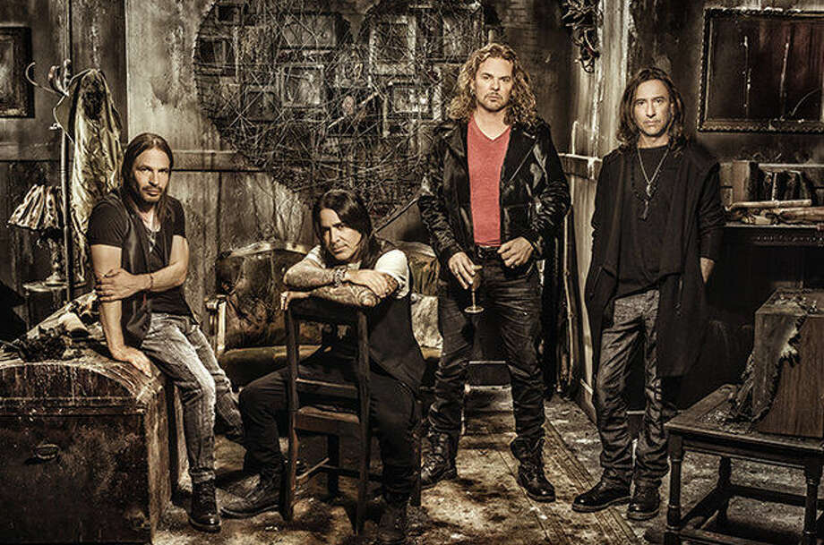 Mana will stop in Houston at the Toyota Center on Oct. 1.