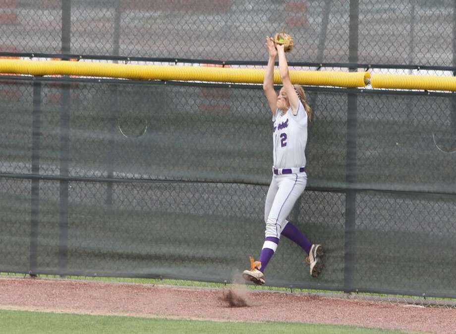 Ridge Point outfielder Kendall Burton was voted to the Texas Sports Writers Association all-state softball team. Photo: Alan Warren